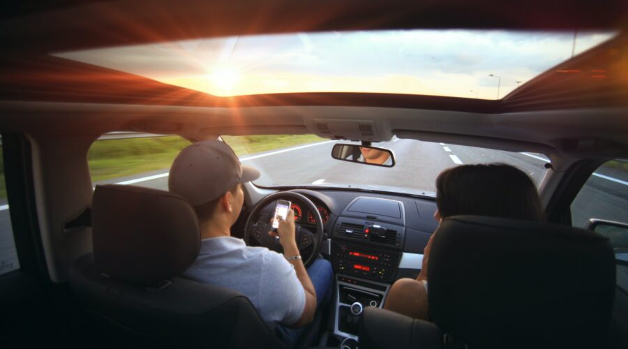 October is Distracted Driving Awareness Month!